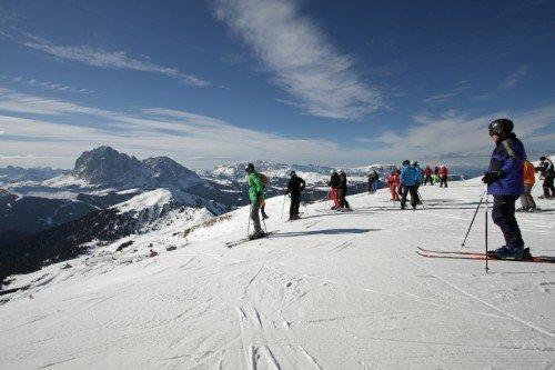 Tourengehen und Abfahrtsspaß: Wintersporterlebnis Sella-Ronda